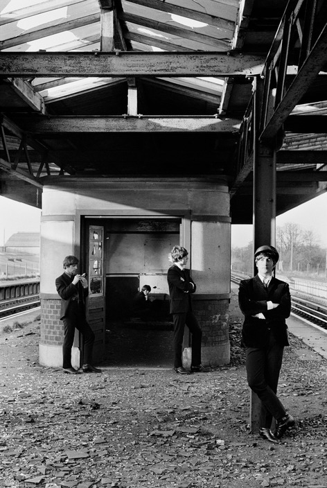 beatles-1964-acton-station-david-hurn-01