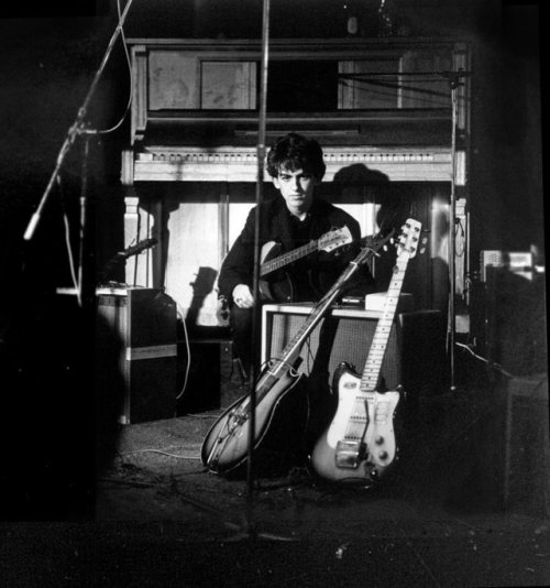 george-harrison-top-ten-club-hamburg-1961-01