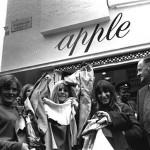 apple-boutique-02