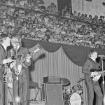 beatles-maple-leaf-gardens-1964-06